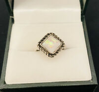 Vintage Style Silver Tone/Moonstone Style Glitter Square Ring Costume Jewellery