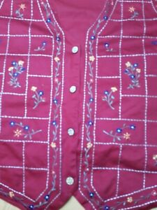 Bobbie Brooks Woman 22W-24W Embroidered Red Floral Button Up Dress Vest 90s