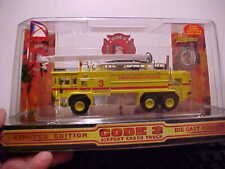 CODE 3 TORONTO AIRPORT OSHKOSH CRASH TRUCK NEW