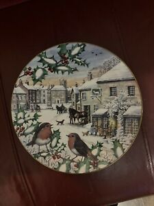 ALL CREATURES GREAT AND SMALL YORKSHIRE YULETIDE CHINA PLATE - CHRISTMAS 1st EDT