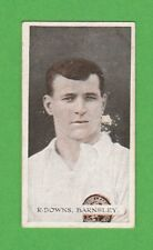 FOOTBALL - WILLS SCISSORS - FAMOUS FOOTBALLER CARD - DOWNS  OF  BARNSLEY -  1914