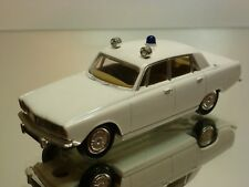 VANGUARDS  1:43  -  ROVER 2000 POLICE  -   GOOD CONDITION