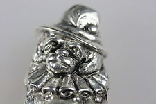 ELIZABETHAN RUFFLE SILVER PLATED MATCH VESTA CASE TOBY SPANIEL DOG MR PUNCH