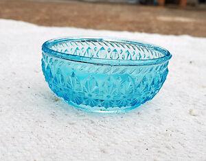 1930s Vintage Beautiful Design Blue Color Glass Bowl Decorative Kitchenware