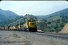 ORIGINAL SLIDE SANTA FE RAILROAD SD45-2 5667 CAJON CA 1980