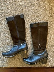 EUC Naot Brown Suede Leather Boots 40 9 Mid Calf Nailhead Trim Comfort