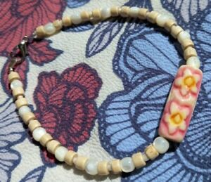 hand made painted carved bead bracelet flower pink cream mother pearl wood