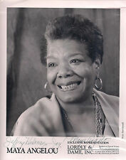 "MAYA ANGELOU 8x10 Photo SIGNED by the Author of ""I Know Why The Caged Bird Sings"