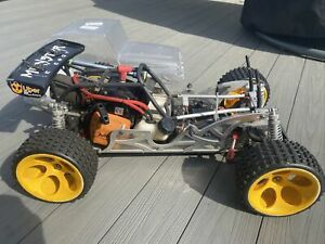 FG Beetle 4wd Off-Road 1:6 RC-Car With Spares Alloy Hop Ups New Fg Jeep Body