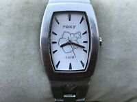 Roxy Ladies Watch CRUZIN W053BF Silver Tone Analog Wrist Watch Water Resist 5ATM