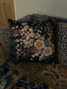 Vintage Style Blue Floral Pattern Cushion