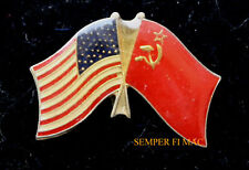 USA AND USSR FLAGS HAT PIN