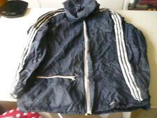 kway Adidas ventex bleu marine  L veste vintage se met en boule