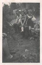 Franz. Quartiers Kinder mit deutsche Soldaten Damremont Frankreich