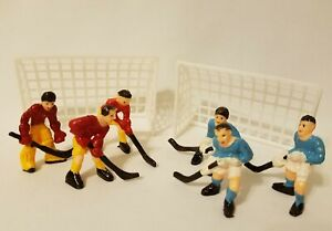 Vintage Dollhouse Miniature Plastic Hockey Team Players & Net Sports Cake Topper