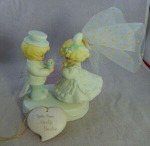 1994 TENDER EXPRESSIONS Bisque Porcelain Wedding Figurine &Heart Barbara Sargent