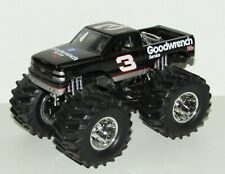 Dale Earnhardt NASCAR Muscle Machines Goodwrench 1:43 Diecast Monster Truck