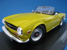 Triumph TR6 1973  in gelb  Limitiert auf 402 Stück  Minichamps  1:18  NEU  OVP