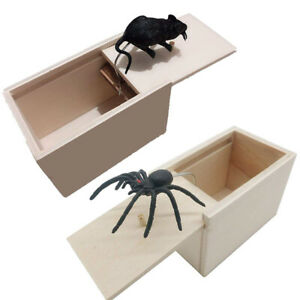 Spider In A Box Prank Gag Toy Wooden Spoof Joke Gift Halloween Prop YW