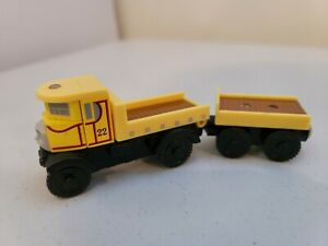 Thomas Wooden Railway Yellow Isabella Lorry & Trailer Very good condition   dd