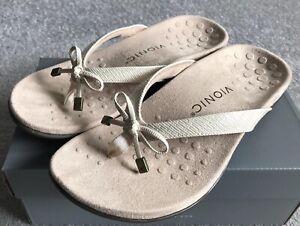 BRAND NEW VIONIC BELLAII LIZARD ladies comfort sandal in cream with bow UK 6/39