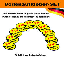 "10er-Set Bodenaufkleber ""Abstand halten"" (R9-rutschfest)"