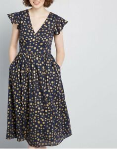 Modcloth ruffled cap sleeves, vintage-inspired high waistline dress, size M, NEW