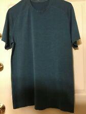 Lululemon Mens Blue Metal Vent Teeshirt, size M