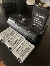 Opteka C550D Battery Grip BG-E8 & 3 LP-E8 7.2V 2000mAh Li-ion for Canon