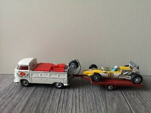 CORGI GIFT SET 25 (GS25) RACING CLUB VOLKSWAGEN & COOPER MASERATI TRAILER SET