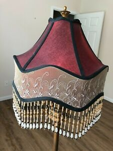 BEAUTIFUL DALE TIFFANY BEADED BURGUNDY & TAN LACE LAMP SHADE EXCELLENT