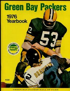 1976  NFL Football Green Bay Packers Yearbook EXMT