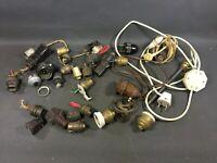 Lot anciennes douilles en laiton ou bakélite ampoules vintage restauration lampe