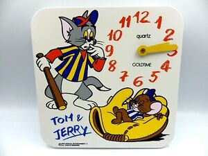 Wall Clock Disney Tom & Jerry 1985 Quartz Plastic 9 3/8in