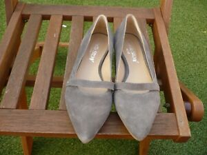 WHITE STUFF LADIES SHOES Size 4 GREY SUEDE FLATS IMMACULATE 254-22
