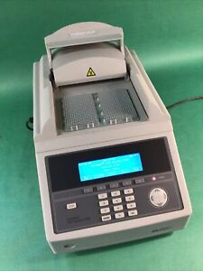 Applied Biosystems 9700 GeneAmp PCR Dual 384 Well Thermal Cycler