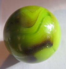 Sphère verte marbrée noire