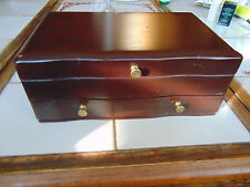 VINTAGE THICK SOLID MAHOGANY WOOD JEWELRY BOX DRESSER TOP STORAGE BRASS HANDLED