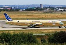 JC WINGS JCLH2088 1/200 AIRBUS INDUSTRIE A350-1000 F-WMIL BARE METAL WITH STAND