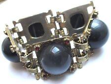 bracelet bijou ancien patiné couleur or cabochon nacré cristaux rubis 136