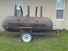COMMERCIAL SMOKER BBQ GRILL PULL BEHIND WITH TRAILER HITCH AND WHEELS