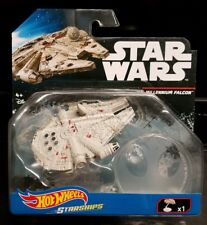 *** Hot Wheels STAR WARS starships MILLENNIUM FALCON W/STAND ***