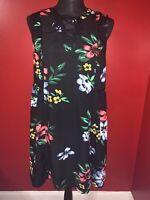 Old Navy Women's Black And Floral Criss Cross Front Design Shift Dress Size L