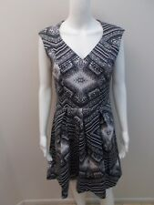 CUE CHARCOAL/WHITE PRINT DRESS WITH POCKETS SIZE 12  (#K42)