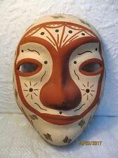 Masque en terre cuite peint d'Afrique du Nord