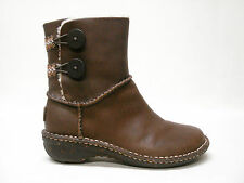 NIB UGG AUSTRALIA LILLIE WOMENS BROWN LEATHER BOOTS SHEEPSKIN LINED 6 STYLE 3336