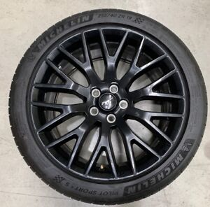 GENUINE 19 INCH FORD MUSTANG WHEELS WITH TYRES