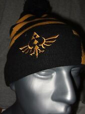 The Legend Of Zelda Gold Triforce Symbol Logo Link Beanie Hat Nintendo NES Game