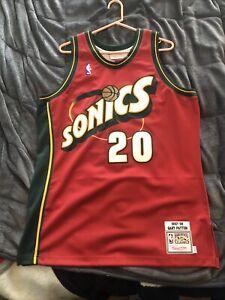 FanPlastic Gary Payton 20 Basketball Legends Edition !! N B A Seattle Jersey Themed Wall Clock