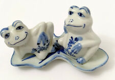 Blue White 3 Piece Frog Salt Pepper Set Hand Painted Lily Pad Tray Vintage